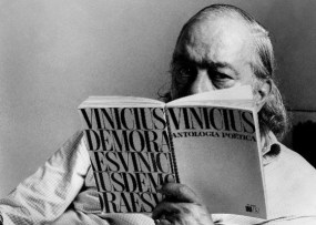 vinicius-de-moraes-le-seu-livro-antologia-poetica-1281110914222_560x400